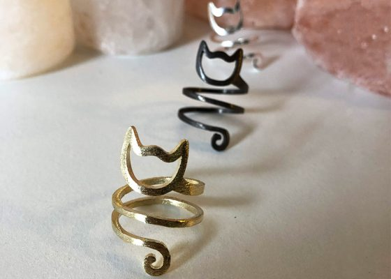 The Purrfect Spiral Ring