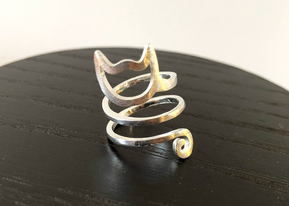 The Purrfect Spiral Ring Silver